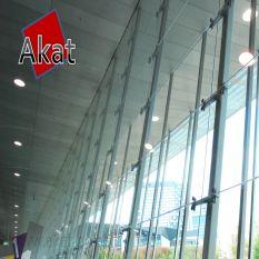 نمای ساختمان شیشه ای اسپایدر