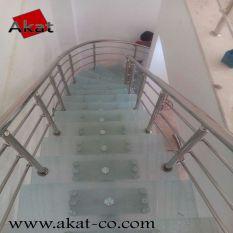 پله استیل و شیشه